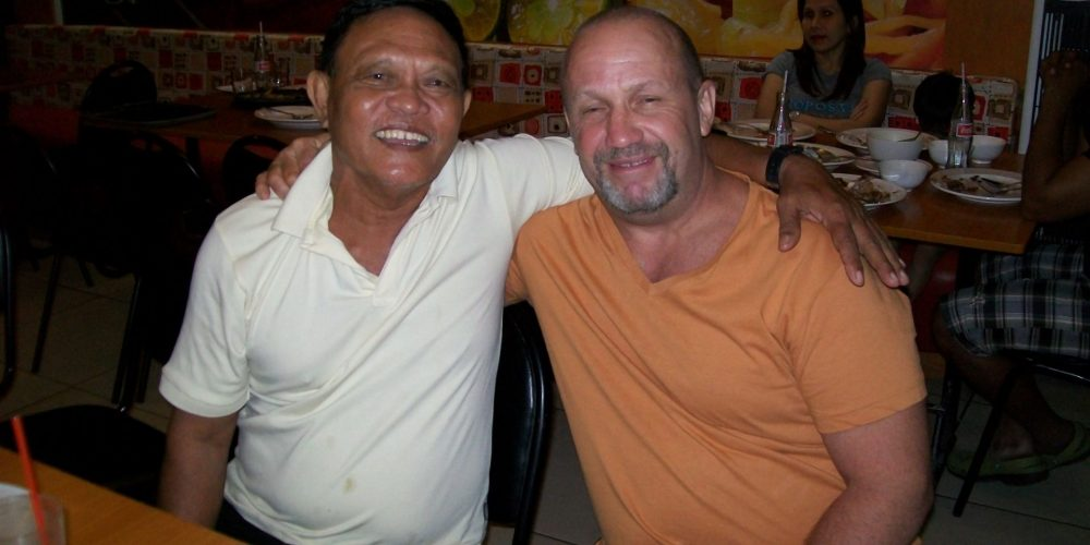 EXPAT IN THE PHILIPPINES